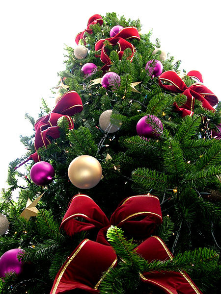 Red Bead Christmas Tree with Violet/Pearl & Silver Ornaments