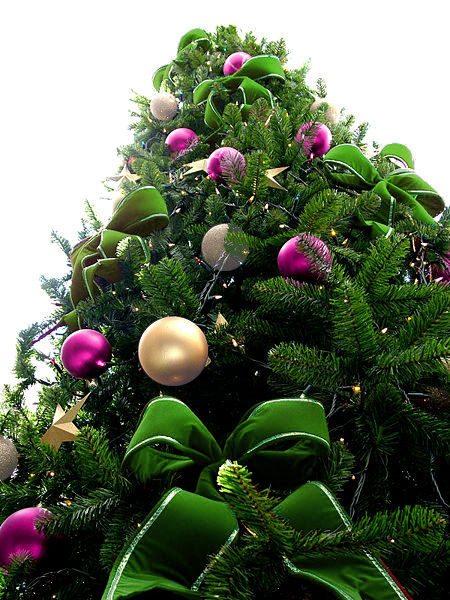 Green Bead Christmas Tree with Purple & Pearl White Ornaments