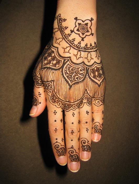 freehand henna design