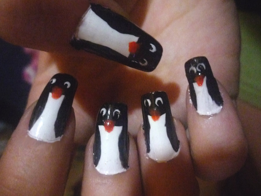 Penguins Nails
