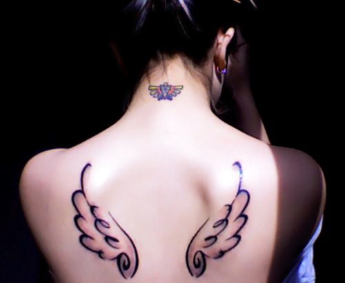 Rinoa wings and Triforce