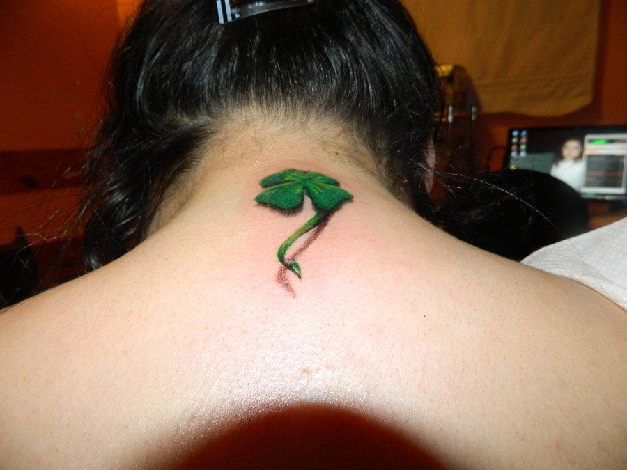 Clover 3D tattoo