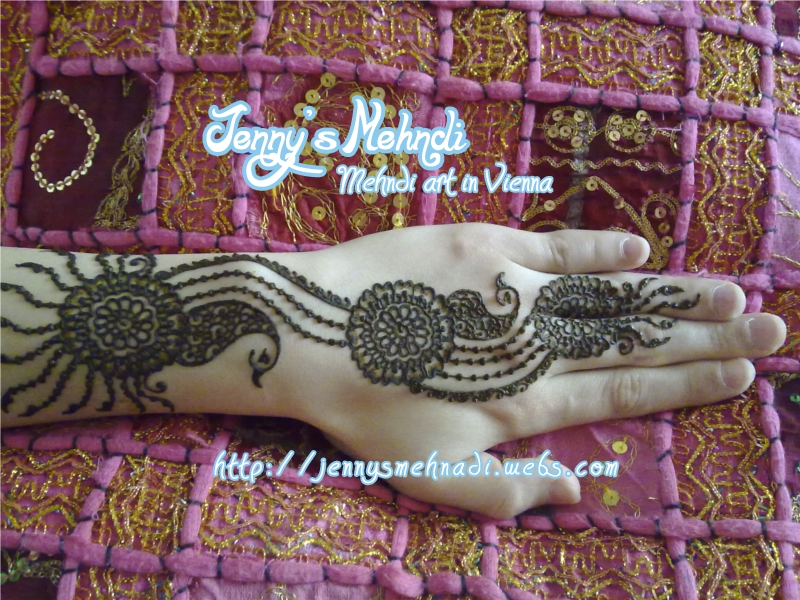 Latest Arabic henna