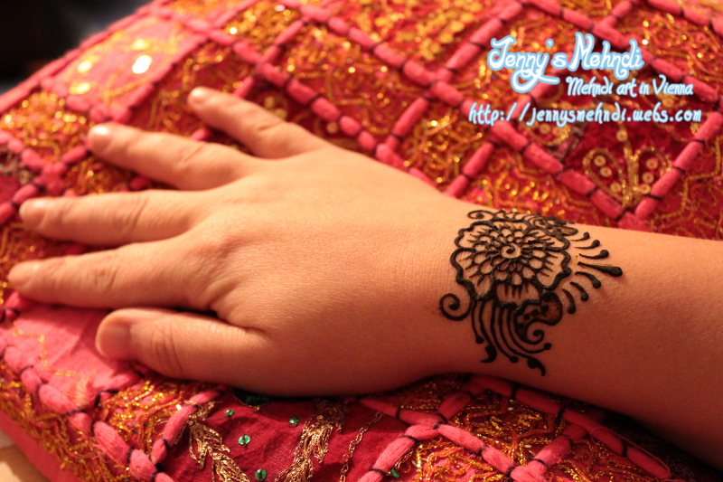 New Eid Henna Designs