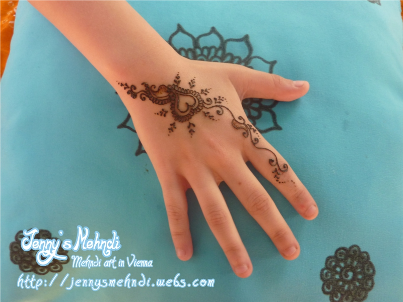 latest mehndi design