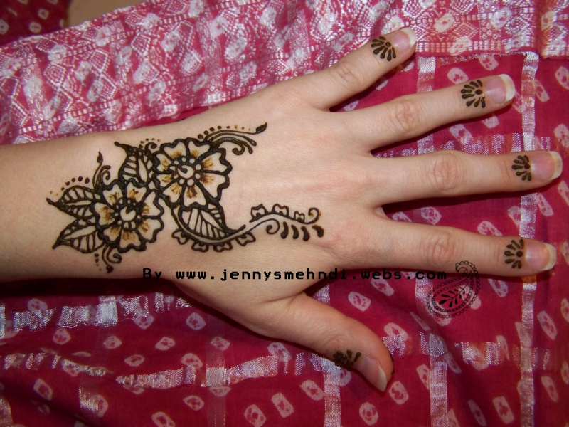 Flower Mehndi Designs 4