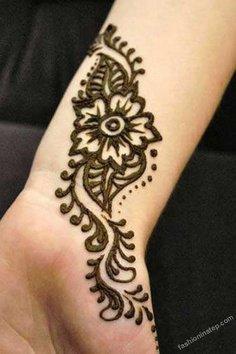 floral mehndi design 1