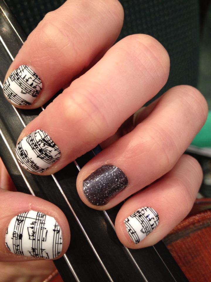 19 black and white nail art