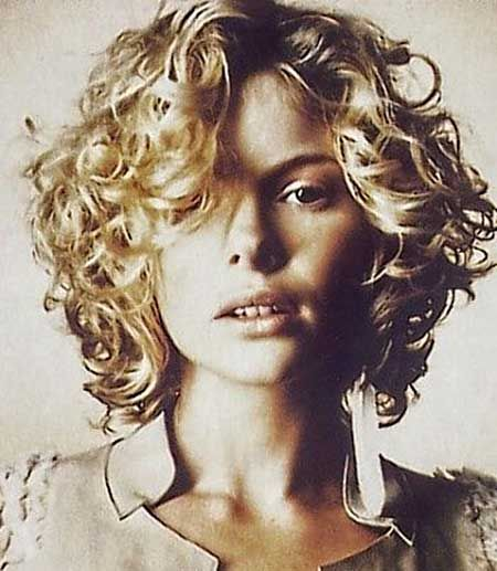 best short curly hair