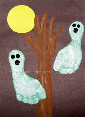footprint ghost halloween craft for kids