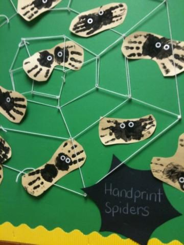 handprint spiders Halloween craft idea for kids