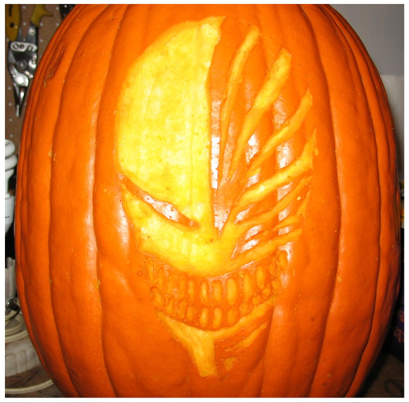 scary hallow mask pumpkin carving idea for halloween