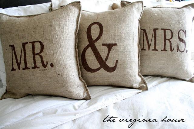 diy-burlap-pillows
