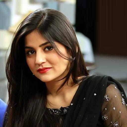 6-famous-beautiful-pakistani-actress-Sanam-Baloch