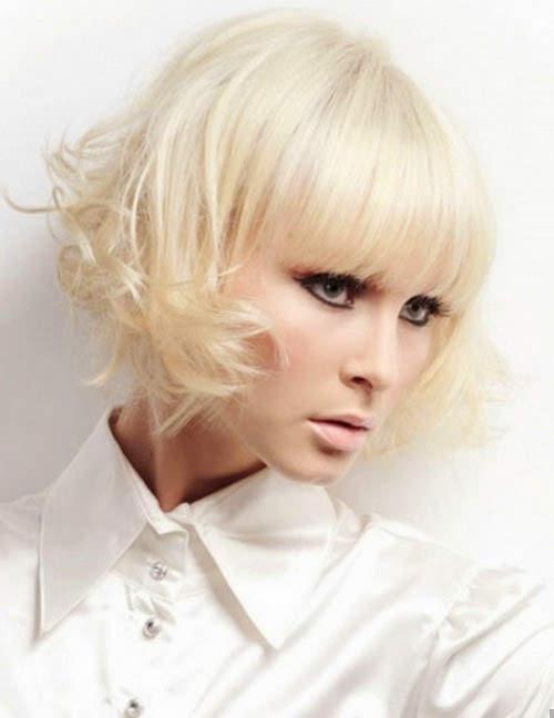 Lovely Wispy Blonde Wedding Hairstyle
