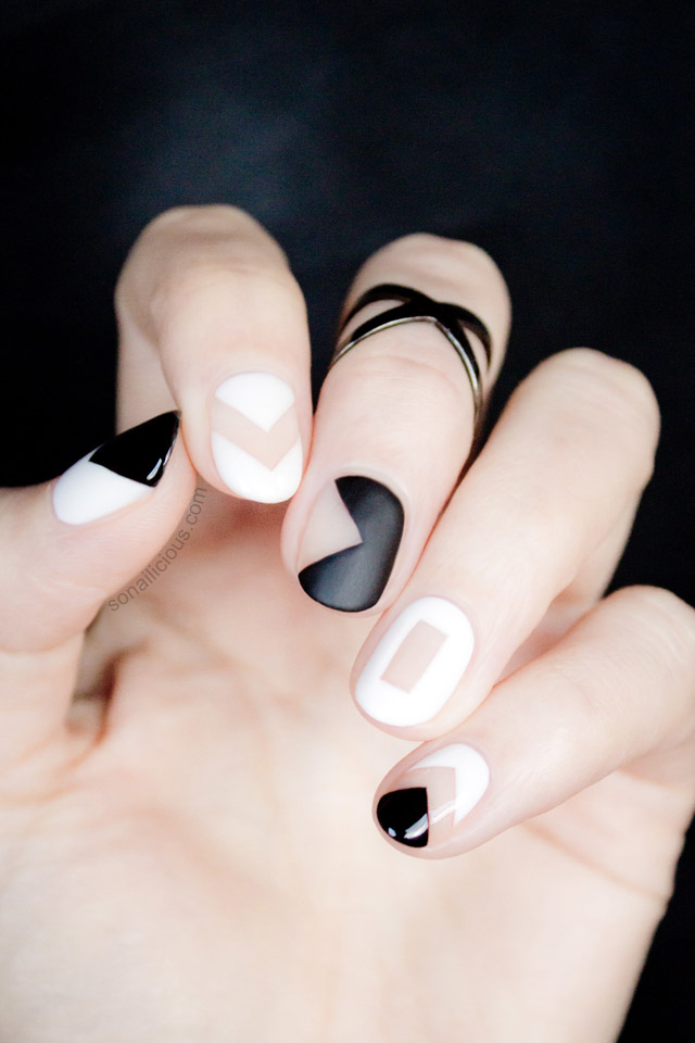 cute black and white graphic nail