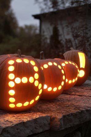 boo-decorated-pumpkin-for-halloween