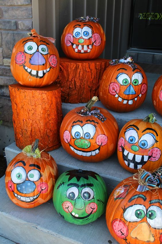 clown-pumpkins