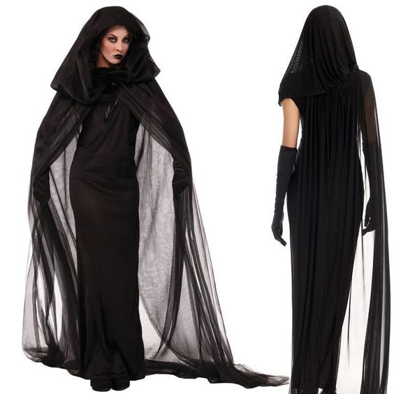 black-witch-costume-for-halloween