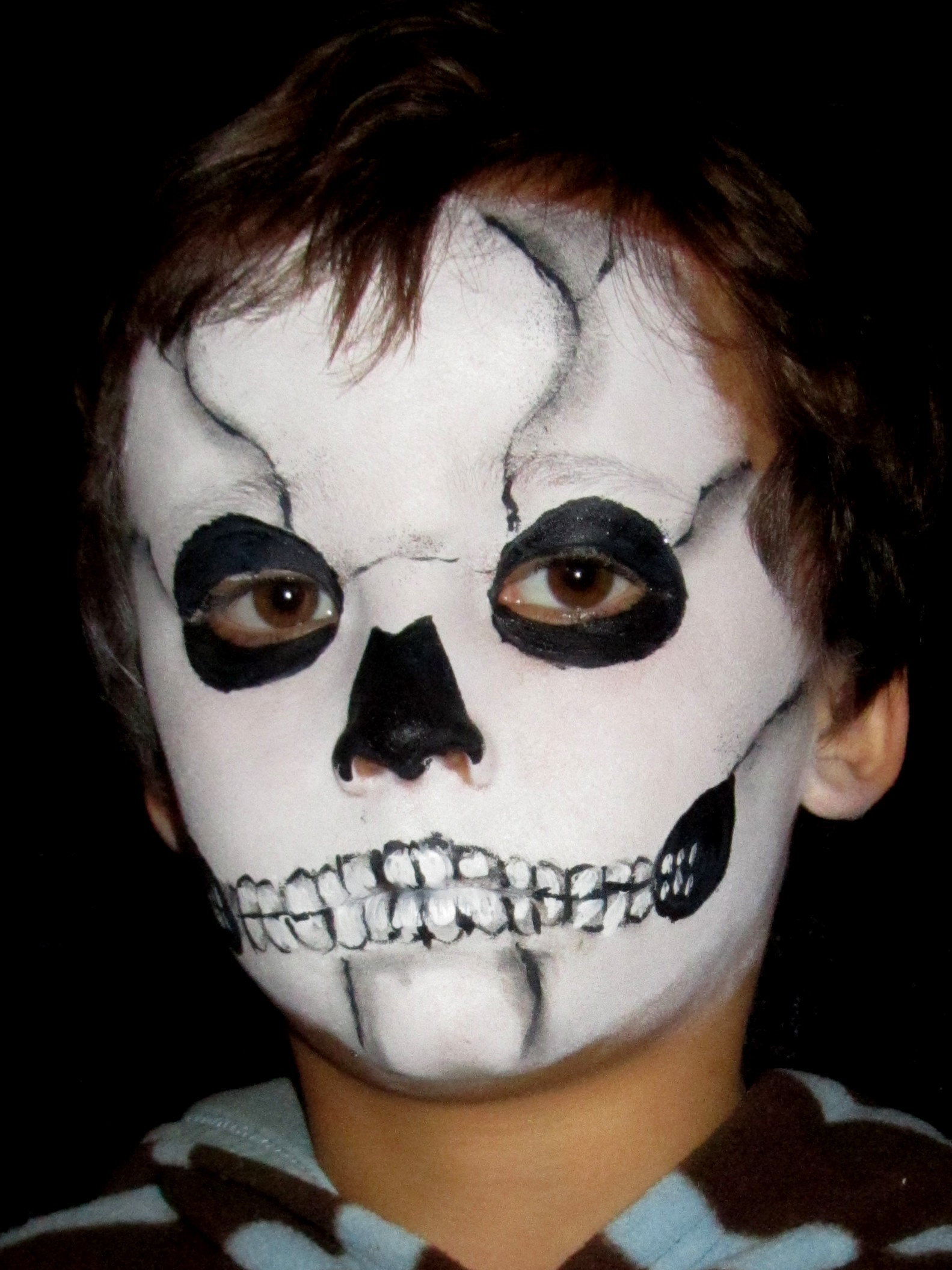 skeleton-face-kid-makeup
