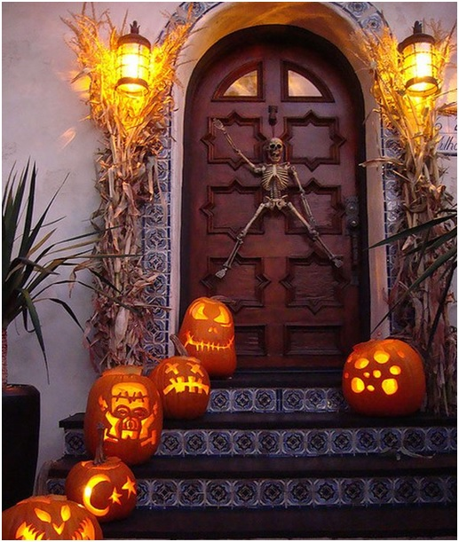 halloween-party-door-entrance