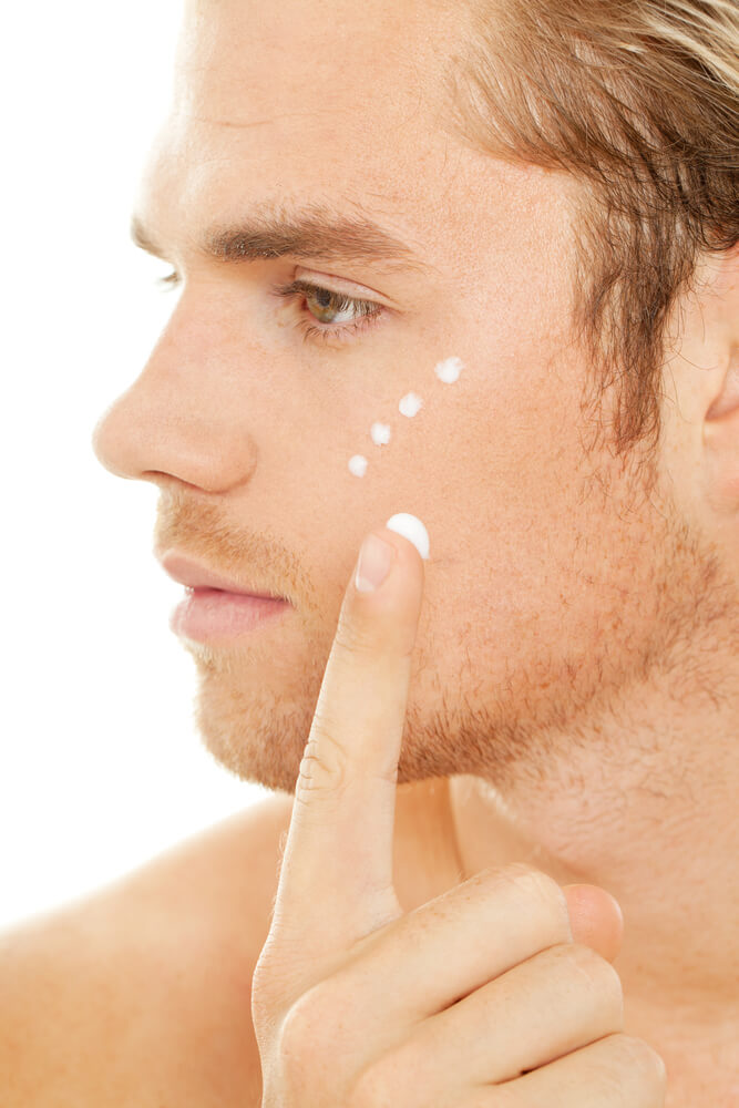 use-moisturizers-to-prevent-dry-skin