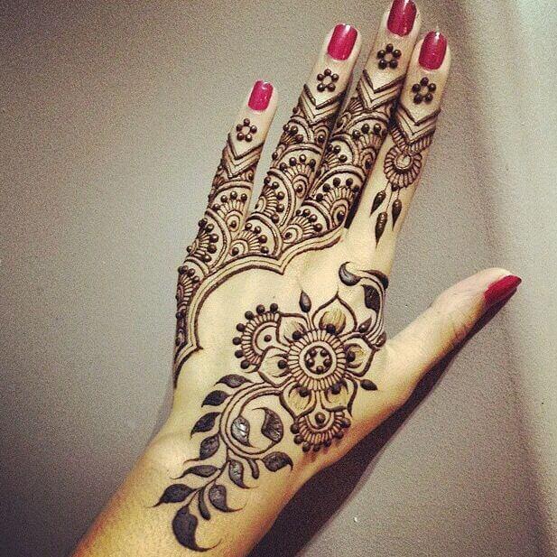 half moon henna style