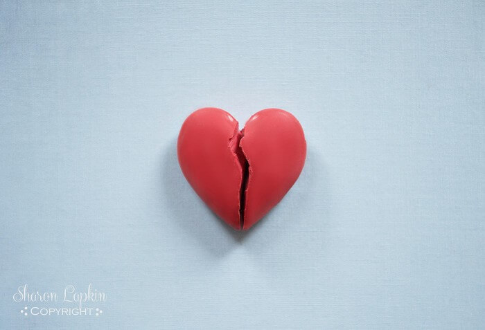 broken heart background wallpaper