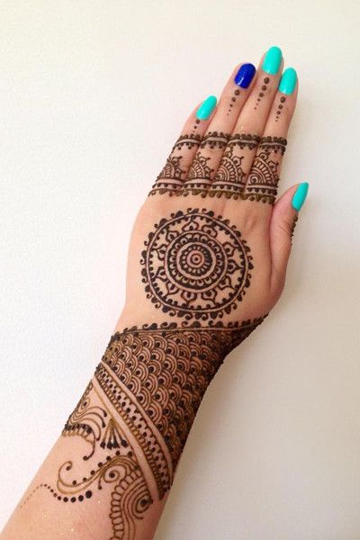 Tikki back Hand Mehndi Design