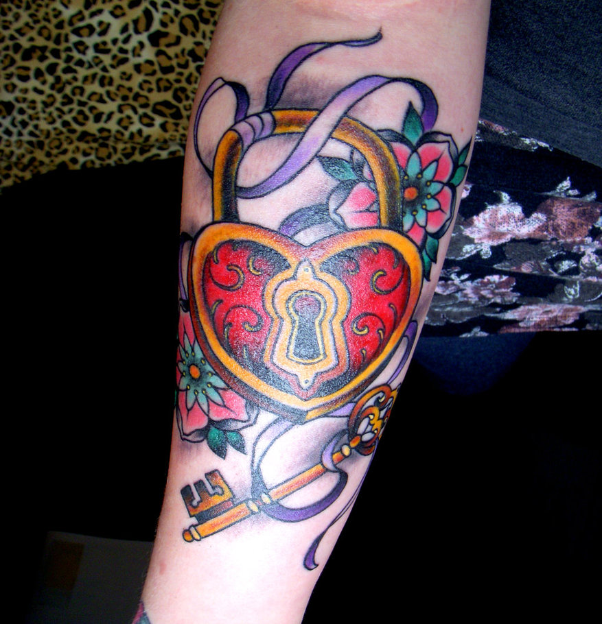 heart padlock and key tattoo on arm