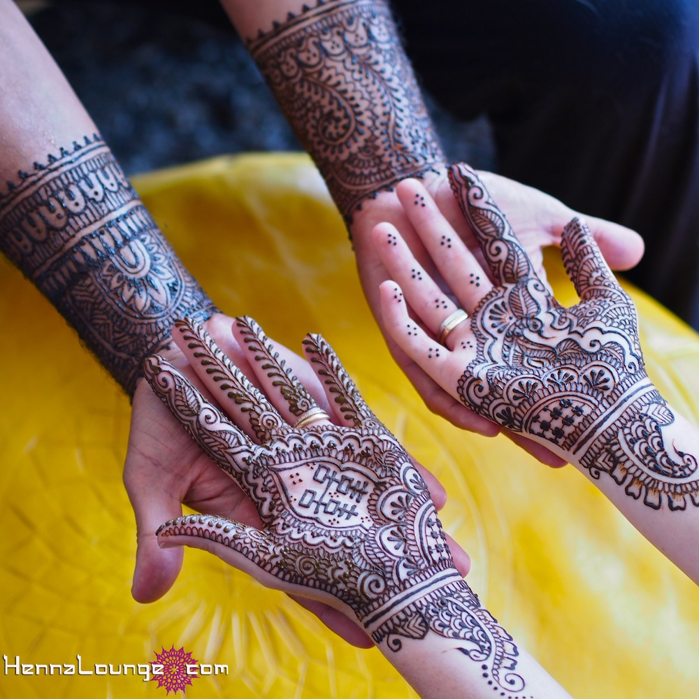 mehndi-design-for-brides-hands