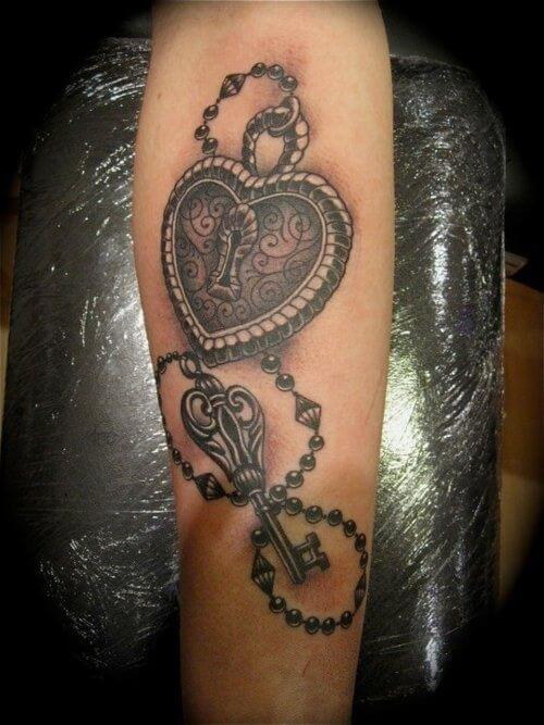 pearl beads heart key tattoo