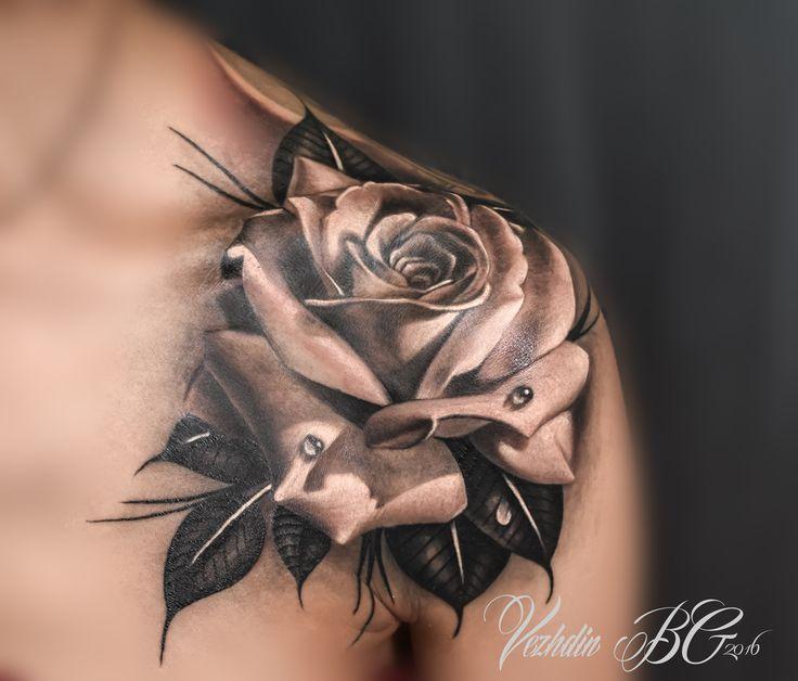 scarlet black and white shoulder 3d rose tattoo
