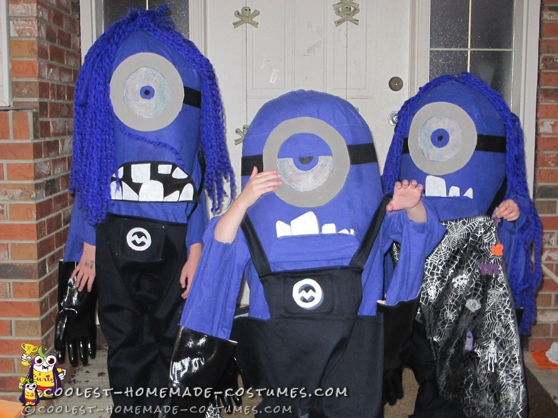 evil-minions-diy-group-halloween-costumes-for-kids