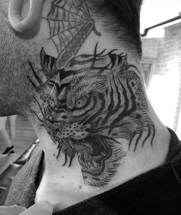 angry-tiger-mens-neck-tattoo