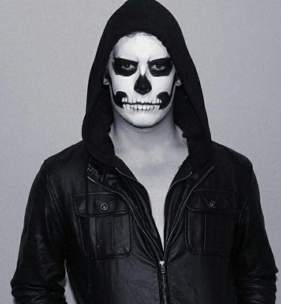 Trendy Big Bang male skull paint