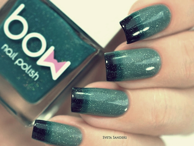 Winter Nails Gradient of Greens
