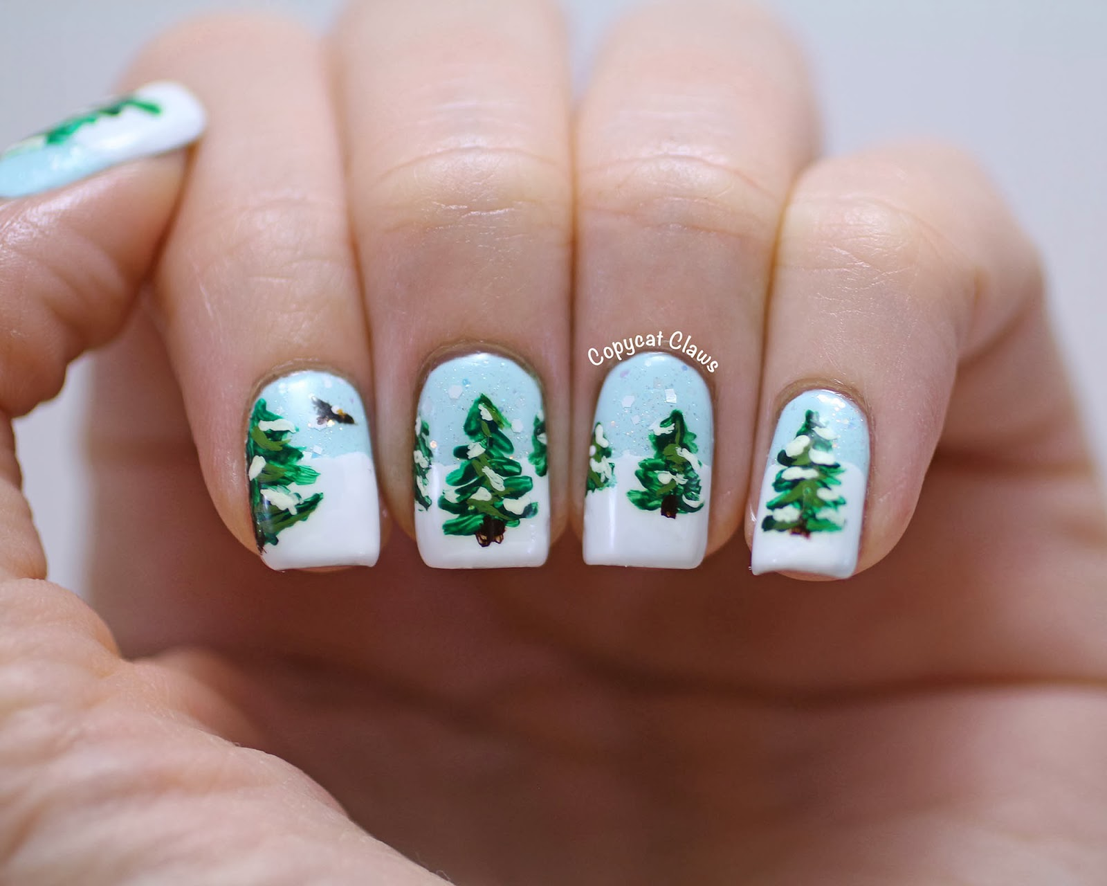winter nail designs Christmas trees