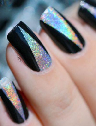 Symmetrical nail art