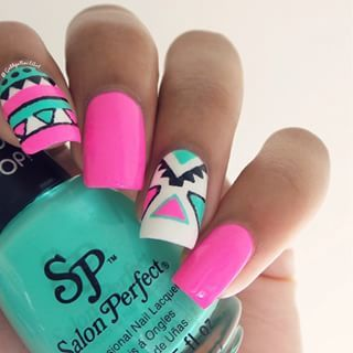 4 Aztec Tribal nail design