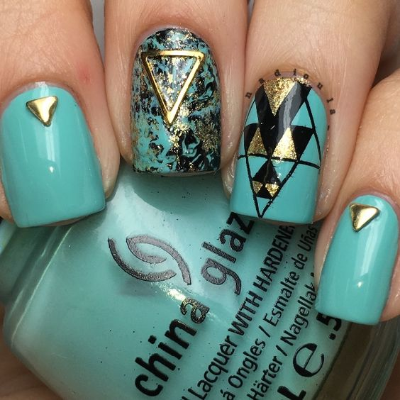4 stud nail art design