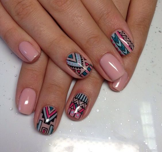 5 Aztec Tribal nail design
