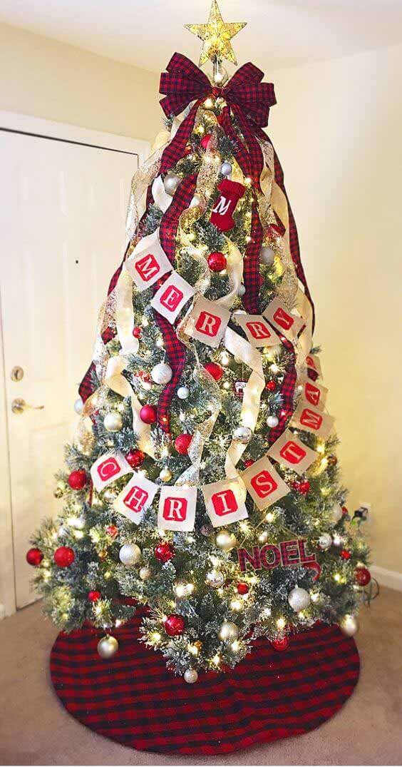Christmas tree decors with topper