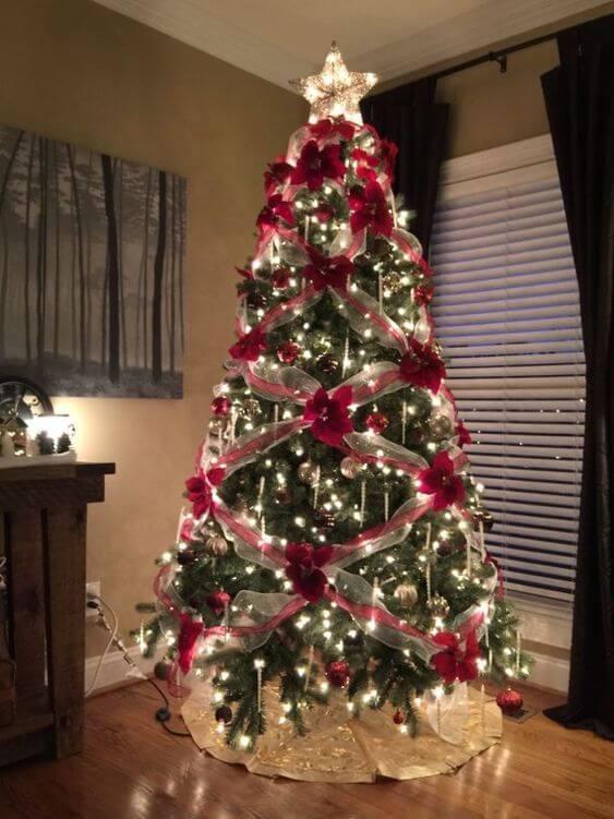 Layered ribbon Christmas tree