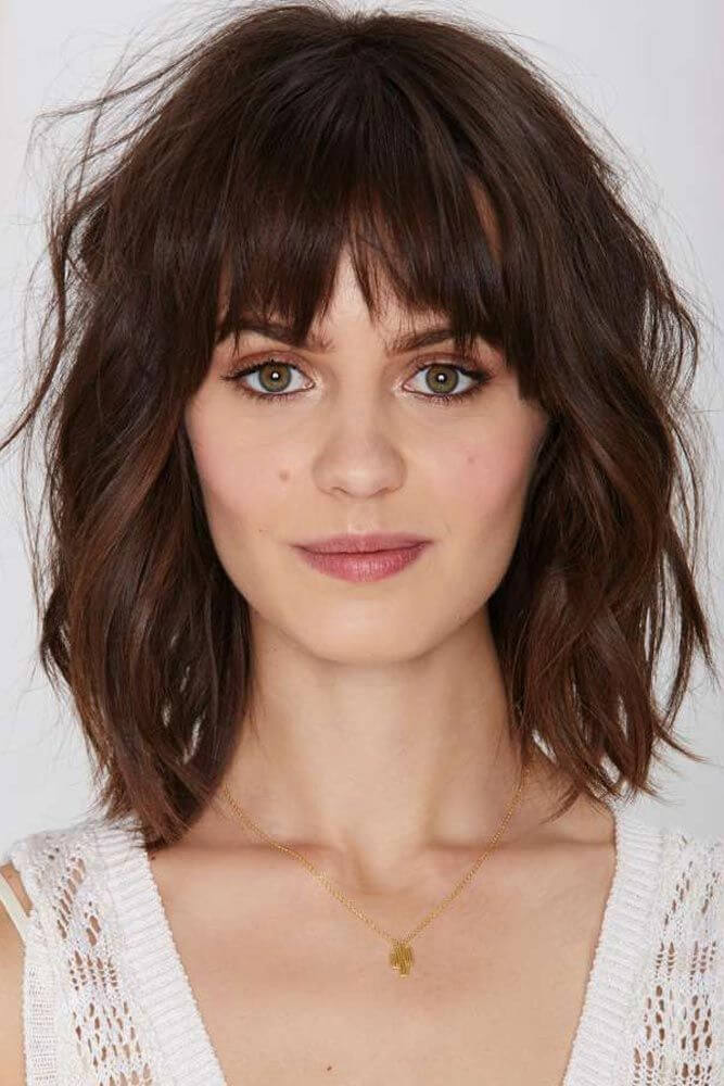 shoulder length bob with bangs hairstyle