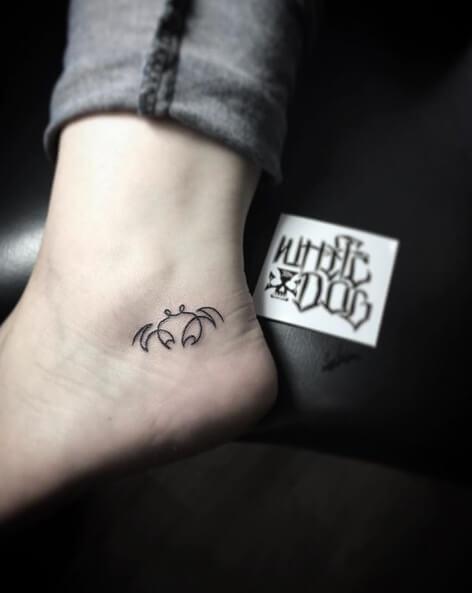 small cancer zodiac crab tattoo design
