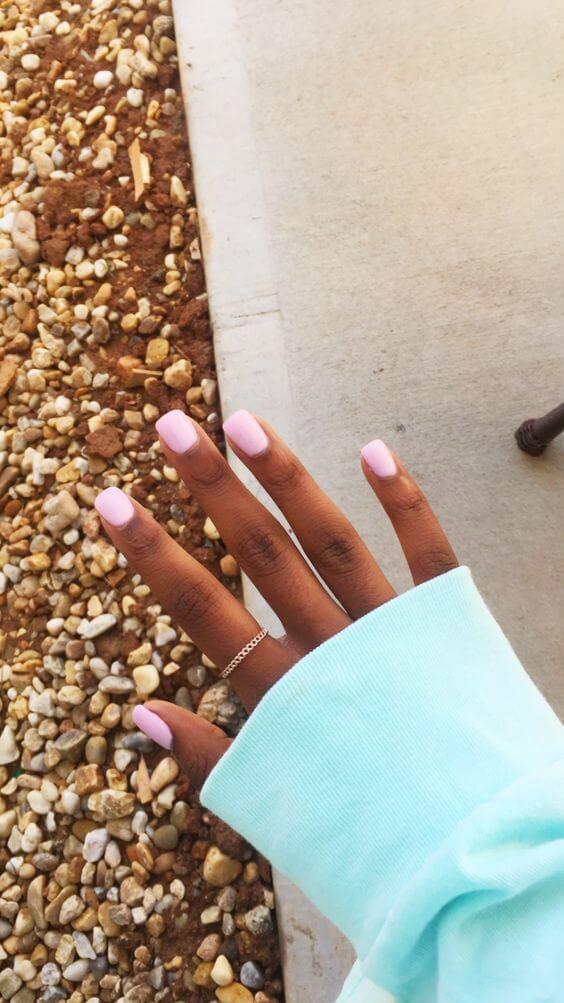 pretty pink short acrylic nails