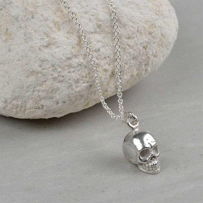 skull necklace jewellery