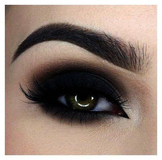 smokey black eye makeup for black dress