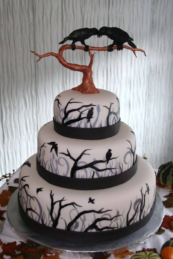 black raven wedding cake for halloween
